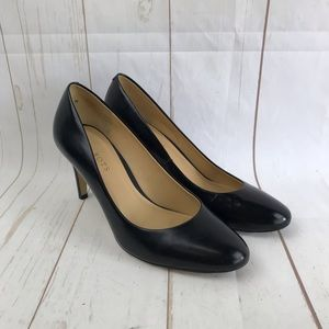 Talbots Black Round Toe Leather Pumps Size 8.5